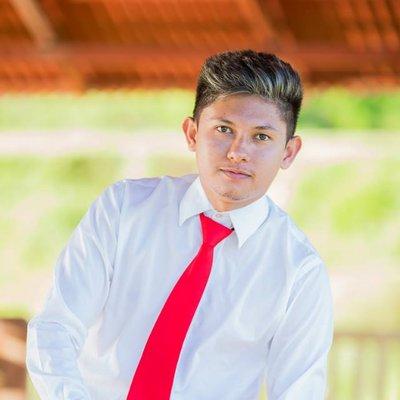 Ryan De León